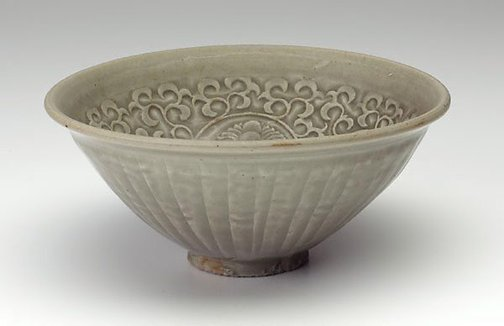 An image of Bowl with chrysanthemum design by Yaozhou ware